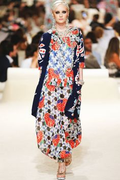 Chanel-Pre-Spring-2015-Collection-04