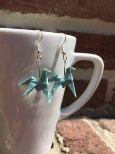 Le chouchou de ma boutique https://www.etsy.com/fr/listing/540642321/boucles-doreilles-origami-papier-chevaux