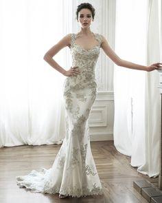 Vestido de Novia de Maggie Sottero (Jade), colección platinum, corte sirena, escote reina ana, largo