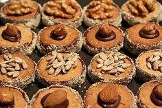 Grandma Kissinger's best cookies in the world - recipes Cupcakes, Cupcake Cookies, Chip Cookies, Xmas Food, Christmas Baking, German Baking, Tasty Bakery, Christmas Cake Pops, Winter Desserts