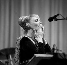 Lisa Gerrard, Concert, Beautiful, Concerts