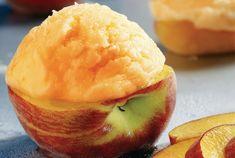 Παγωμένα φρούτα γεμιστά με σορμπέ από την Αργυρώ Μπαρμπαρίγου! Sugar Love, Food Categories, Kitchen Art, Cantaloupe, Pineapple, Ice Cream, Vegan, Fruit, Sweet