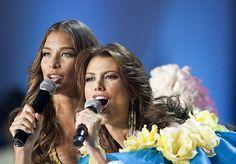 Dayana Mendoza y Stefania Fernandez, estuvieron presente la Noche mas Linda del Año.. la Noche del Miss Venezuela 2009
