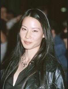 Les actrices brunes les plus belles du monde Lucy Liu