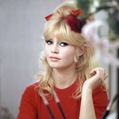 Un jour un destin - Brigitte Bardot 56bc4d86186544fee1c3806eee147975