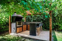 Outdoor Barbeque, Barbecue, Parrilla Exterior, Casa Loft, Terrace Design, Home Room Design, Outdoor Landscaping, Farmhouse Style, Pergola