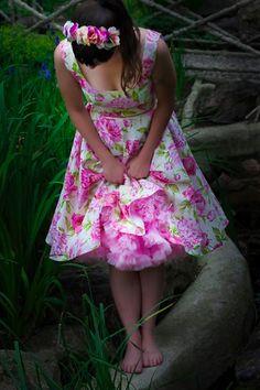 lazy eye flower dress