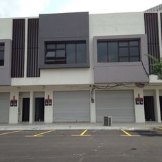 Trivio Suria Jelutong, Bukit Jelutong Shah Alam - ============================================================= Trivio Suria Jelutong Shah Alam KEE 017-666 4403 ============================================================= Whole Block For Rent Prime Area Suitable F&B, Market Want to view just call Kee 0176664403    http://my.ipushproperty.com/property/trivio-suria-jelutong-bukit-jelutong-shah-alam-5/