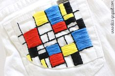 Customiser un jean avec de la broderie inspiration Mondrian, DIY par Alice Gerfault Mondrian, Diy Broderie, Shirt Drawing, Sewing Clothes, Cute Drawings, Decorative Pillows, Design Inspiration, Throw Pillows, Embroidery