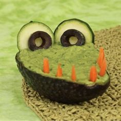"""Get food art ideas like this one to learn how to be """"crafty"""" about getting kids to like and eat fruits and vegetables"""