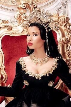 """Go ask the Kings of rap who is the Queen and things of that nature."" - Feelin' Myself // Nicki Minaj Nicki Minaj Wallpaper, Nicki Minja, Nicki Minaj Barbie, Divas, Kanye West, Nicki Minaj Pictures, Woman Crush, Celebrity Crush, Rihanna"