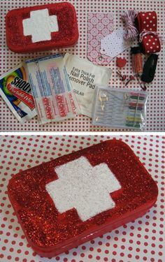Altoid tin craft idea-Mini first aid kit for car, purse or diaper bag