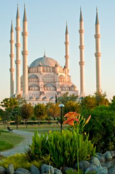 An ottoman mosque. This is the largest mosque in Turkey and I'd located in Adana, Turkey