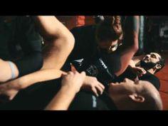 """Polecamy Wam film relacjonujący finał konkursu Śnieżki """"Wygraj trening z Mamedem Khalidovem"""" :))) Holding Hands, Sumo, Wrestling, Film, Sports, Lucha Libre, Movie, Hs Sports, Film Stock"""