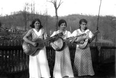 Sloane sisters of Rowan County, Kentucky, pose with musical instruments. 1930-1950. Kentuckiana Digital Library.