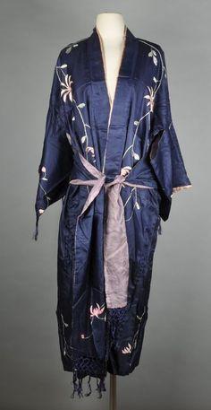 Art Nouveau Embroidered Silk Japanese Kimono Robe