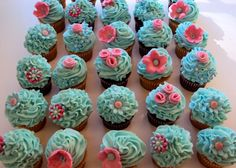 very girly cupcakes