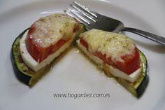 Montadito de calabacín Ingredientes: Tomate Calabacín (Suquini) Queso fresco Mozzarela Orégano o albahaca