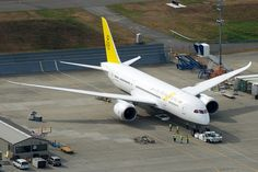 A Royal Brunei Airlines 787 on the Boeing Factory flight line at Everett - Photo: Bernie Leighton