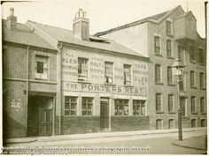 The Porters Rest was a Shipstones tied house situated on Cromford Street. This pub was demolished in the Photo 1926 Nottingham Pubs, English Inn, The Porter, Train Station, Family History, Old Photos, Britain, 1970s, Past