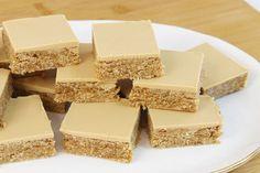 Caramel Mud Cake, Salted Caramel Cheesecake, Tray Bake Recipes, Easy Baking Recipes, Chocolate Slice, Chocolate Flavors, Milk Dessert, Milk Cake, Coconut Slice
