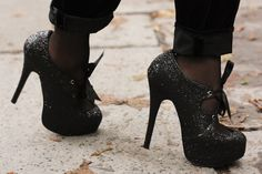 black-fashion-girl-heels