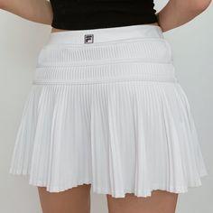 Tennis Skirts, Tennis Dress, Tennis Clothes, Hipster Skirt, Types Of Skirts, Cute Skirts, Small Waist, Fashion Lookbook, Skirt Outfits