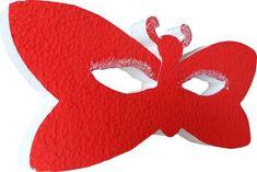 Carnevale, allestimento in maschera
