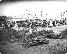 Antonio Cavilla Photographer: Mercado de leña, Zoco de Tánger.