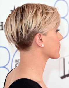 Scarlett Johansson. Short hair. Perfection...