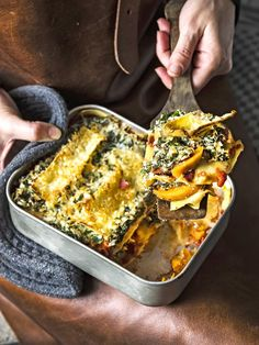 Lasagne with Sweet Potato, Ricotta and Kale Veggie Recipes, Vegetarian Recipes, Healthy Recipes, Healthy Soups, Dinner Recipes, Easy Cooking, Cooking Recipes, Healthy Cooking, Quiche