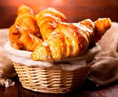 Paderno World Cuisine x in. Stainless Steel Croissant Cutter, As Shown Peanut Recipes, Snack Recipes, Cooking Recipes, Snacks, Sweet Pastries, French Pastries, French Bakery, French Croissant, Breakfast Croissant