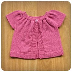 Baby Knitting, Crochet Baby, Knit Crochet, Crochet Designs, Crochet Patterns, Ravelry, Trendy Collection, Baby Cardigan, Baby Sweaters