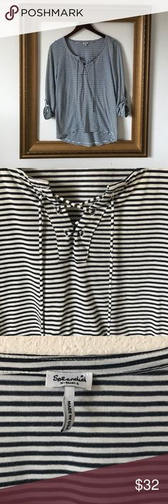 Splendid striped lace up cotton long sleeve, CSS Super comfy, lovely tee. Has option for full long sleeves or 3/4 length. Excellent layering piece. No flaws. Splendid Tops Tees - Long Sleeve