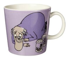 Purple Moomin Mug - Hemulen This item is sold out and no longer available. The iittala Arabia purple Hemulen Moomin mug has Hemulen collecting and inspecting insects and creatures and keeping the. Les Moomins, Branded Mugs, Moomin Mugs, Classic Dinnerware, My Own Private Idaho, Tove Jansson, All Things Purple, Kitchen Cupboards, Kitchen Stuff