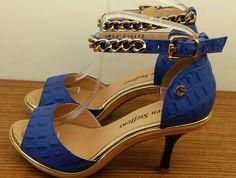 Confortable blue shoes..