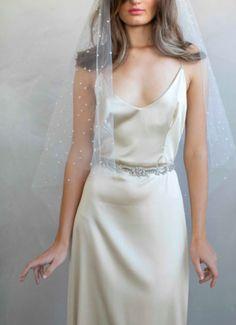 Wedding Headband, Wedding Veil, Wedding App, Bridal Looks, Bridal Style, Bride Accessories, Bridal Headpieces, Wedding Styles, White Dress