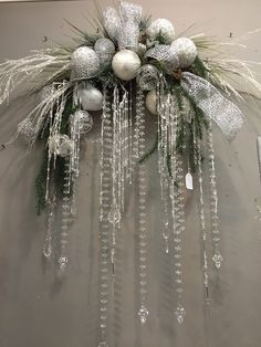 Christmas Door Wreaths, Christmas Swags, Silver Christmas, Simple Christmas, Christmas Holidays, Christmas Ornaments, Christmas Floral Arrangements, Christmas Centerpieces, Xmas Decorations
