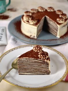 Tarta de crepes de chocolate y nata Nutella Crepes, Pancakes, Deli Food, Crepe Cake, Types Of Cakes, Mille Crepe, Time To Eat, Piece Of Cakes, Sweet Cakes