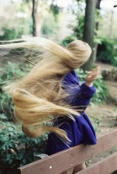 A long, long hair.
