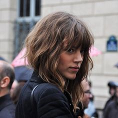 5 reasons why honey-brown hair is the perfect shade for fall