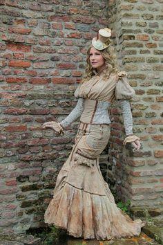 Paperdoll steampunk La Dutchessa dressed by me and photographed by Evelien Rutgers. #ohmarisha #ladutchessa #steampunk
