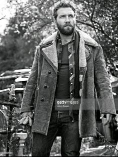Jai Courtney photographed by John Russo Esquire Latin America 2016 Jay Courtney, Eric Coulter, Bae, Rugged Look, Attractive People, Esquire, To My Future Husband, Gorgeous Men, Sexy Men