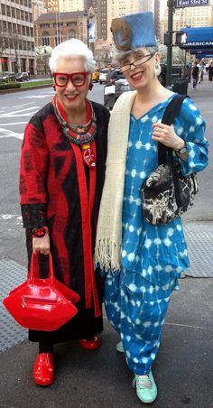 The Idiosyncratic Fashionistas. Valerie Park in the Skullz London Marimekko Linen Trouser Suit. Skullzlondon.com