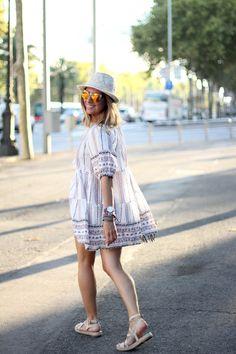 Embroidered-dress-blogger-barcelona (5)