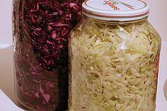 Sauerkraut in einem Glas selbst gemacht, ein tolles Rezept aus der Kategorie Herbst. Bewertungen: 199. Durchschnitt: Ø 4,6.