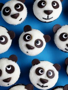 Could these sanding sugar–topped mini panda cupcakes be any cuter? (No, they couldn't.) White frosting, white sanding sugar and chocolate chips are all you need to decorate these babies. This cute and this easy? We're in love.
