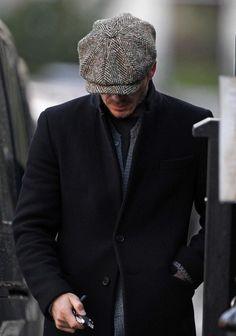 Herringbone Newsboy Men Street Look, Stetson Hats, Winter Fashion, Men's Fashion, Newsboy Cap, Flat Cap, Headgear, Hats For Men, Fashion Details