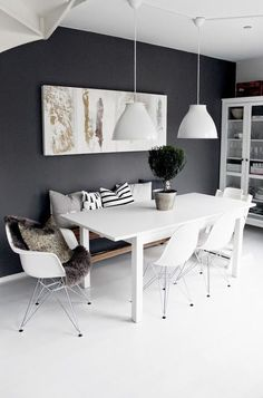 Most Design Ideas White Dining Room Sideboard Pictures, And Inspiration – Modern House schwarzezimmer White Dining Room Sideboard: 10 Modern Black And White Dining Room Sets That Will White Dining Room Sets, Modern Dining Rooms, Dark Grey Dining Room, Modern Room, Dining Room Inspiration, Dinning Room Ideas, Deco Design, Dining Room Design, Dining Area