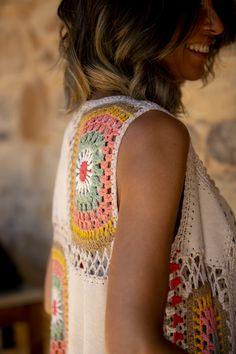 Pull Crochet, Crochet Coat, Love Crochet, Crochet Cardigan, Diy Crochet, Crochet Clothes, Crochet Vest Pattern, Crochet Patterns, Crochet Videos